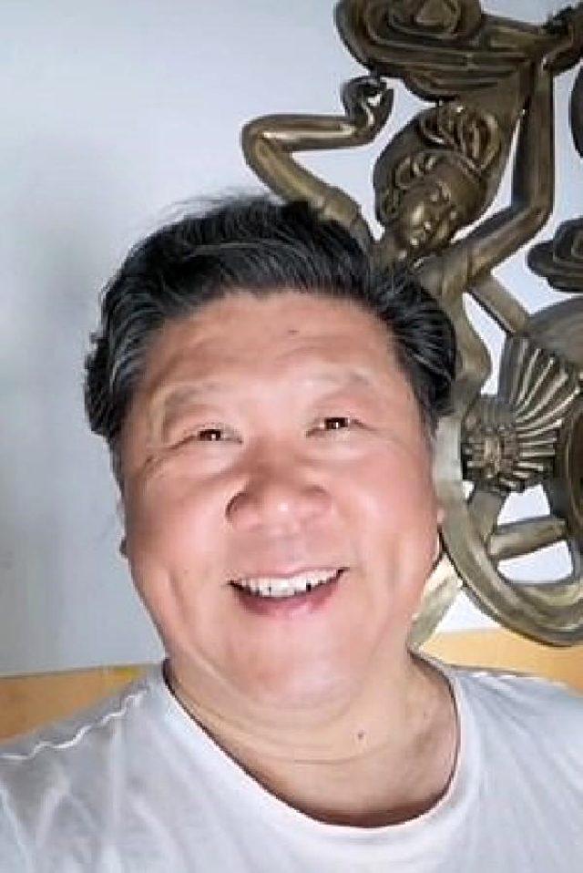 Çin lideri Şi'ye benzeyen sanatçını sosyal medya hesabı kapatıldı