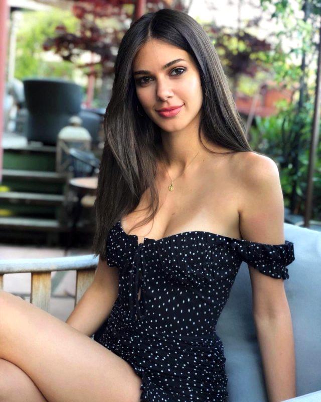 Defne Samyeli'nin kızı Deren Talu'nun estetiksiz görüntüsü ortaya çıktı
