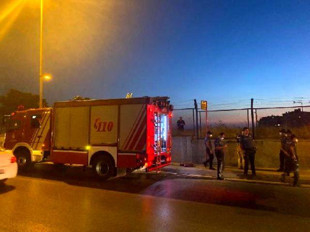Maltepe'de asker konvoyunda atılan havai fişek kışlada yangın çıkardı