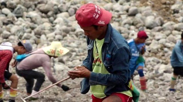 Son dakika: Myanmar'da yeşim taşı madeninde heyelan: 113 madenci öldü
