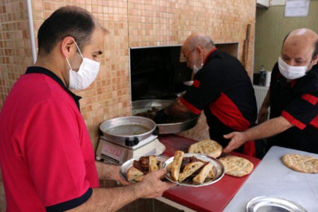 Konya'da üç kuşaktır 'Fırın Kebabı' pişiriyorlar