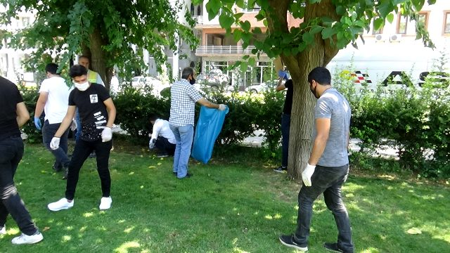 Koronanın yapamadığını sıcak havalar yaptı! Diyarbakır'da vatandaşlar eve kapandı