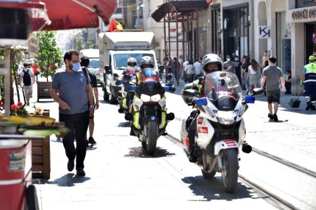 İstanbul'un trafiğinde acil hastalara ulaşmak için ambulans motosikletler devrede