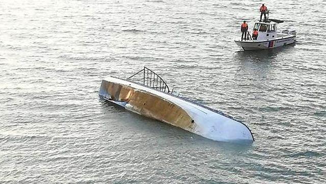 Van Gölü'ndeki tekne faciası ile ilgili muhtar, olayı eşinden öğrendiğini söyledi