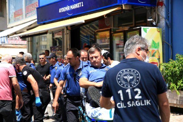 Aranan şüpheli polislere bıçakla saldırdı! 2 memur yaralandı