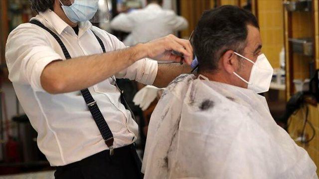 Berber, kuaför ve güzellik salonlarında alınması gereken tedbirler güncellendi