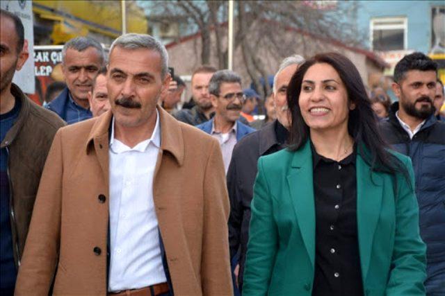 HDP, Doğubayazıt Belediye Başkanı Yıldız Acar'ı partiden ihraç ediyor