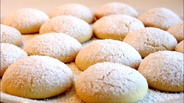 Ağızda dağılan yumuşacık un kurabiyesi tarifi