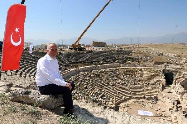 Son dakika haberleri: Laodikya'daki 2 bin 200 yıllık antik tiyatro, eski günlerine dönecek