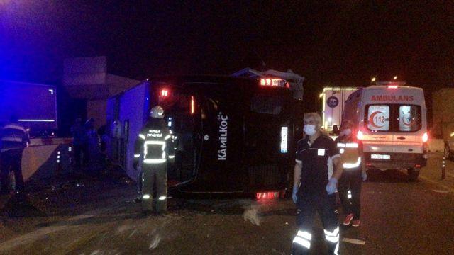 Bursa çevre yolunda feci kaza 16 yaralı 1 ölü
