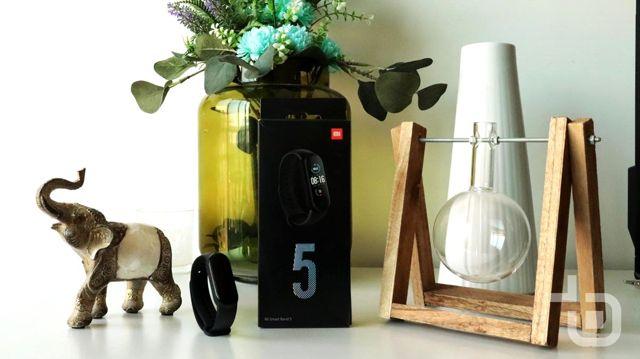 Xiaomi mi Smart Band 5 Kutu Açılımı Yapıldı