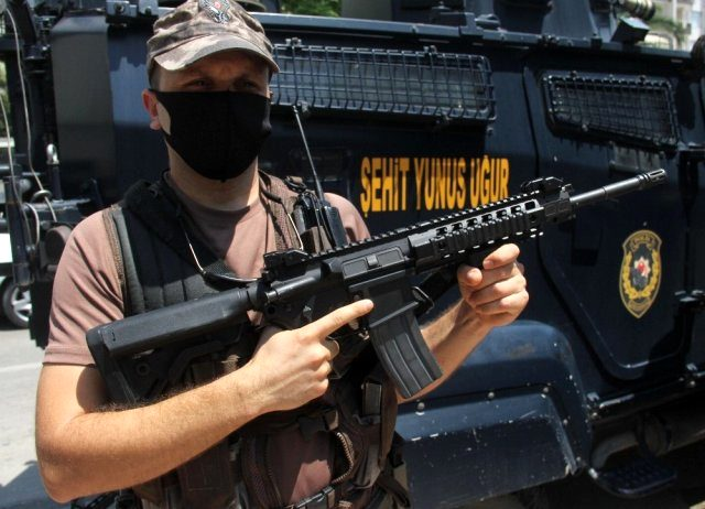 15 Temmuz şehitlerinin adı zırhlı araçlarda yaşatılıyor