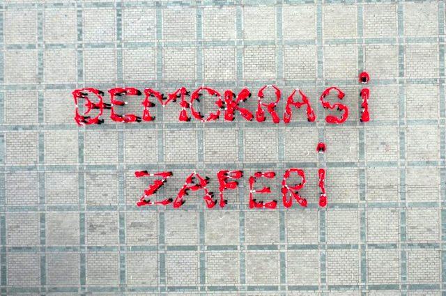 Ayasofya Camii önündeki 15 Temmuz koreografisi izleyenleri mest etti