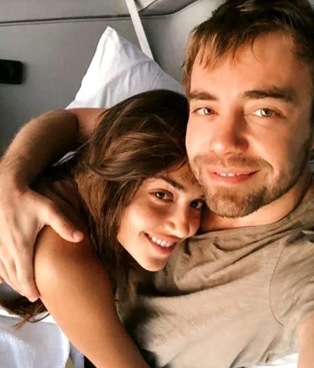 Herkesin evlilik beklediği Murat Dalkılıç ve Hande Erçel çifti, aşklarına son noktayı koydu