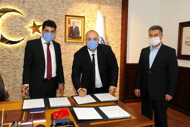 ADÜ'de iş garantili program için imzalar atıldı