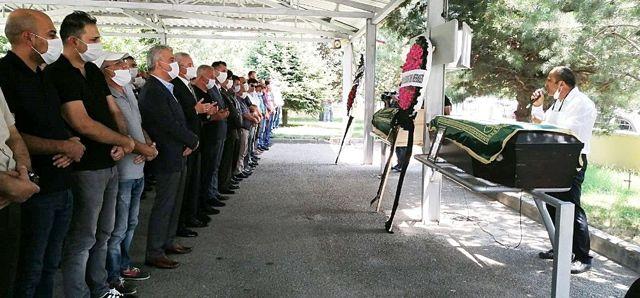 Kazada hayatını kaybeden baba oğul son yolculuklarına uğurlandı