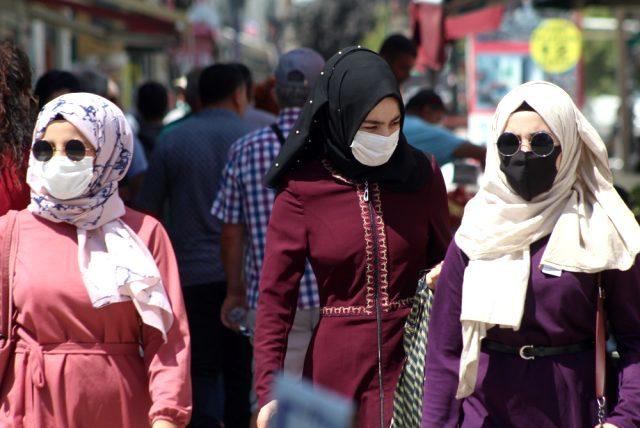 Bakan Koca'nın vaka sayısının en düşük olduğu 5 ili açıklamasının ardından İstanbullular Edirne'ye akın etti
