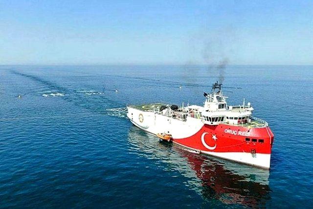 Türkiye'nin Doğu Akdeniz'deki sondaj hamlesinin ardından Yunan komutan, apar topar ülkesine döndü