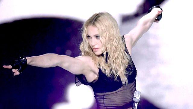 Rusya, eşcinsellerin haklarını savunan Madonna'ya 1 milyon dolar ceza kesti