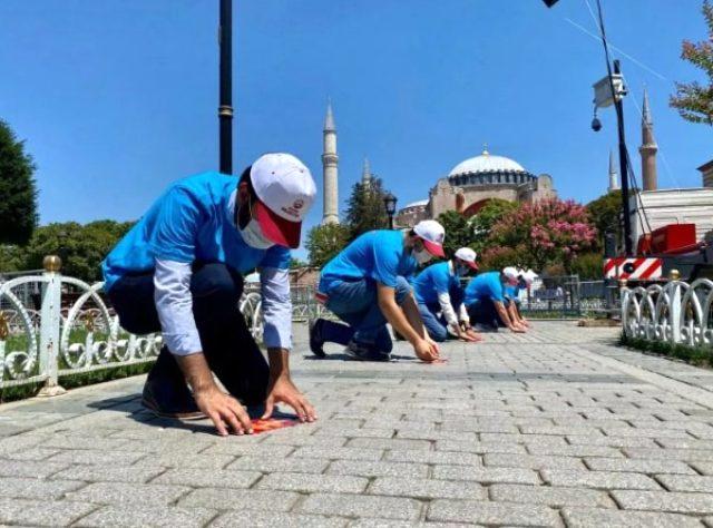 24 Temmuz'da ibadete açılacak Ayasofya Camii'nin içerisinden ilk görüntüler paylaşıldı