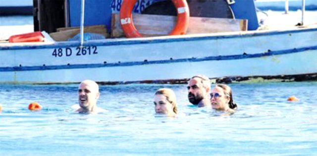 Halk plajına giden Burçin Terzioğlu, günlüğü 30 TL olan şezlong kiraladı