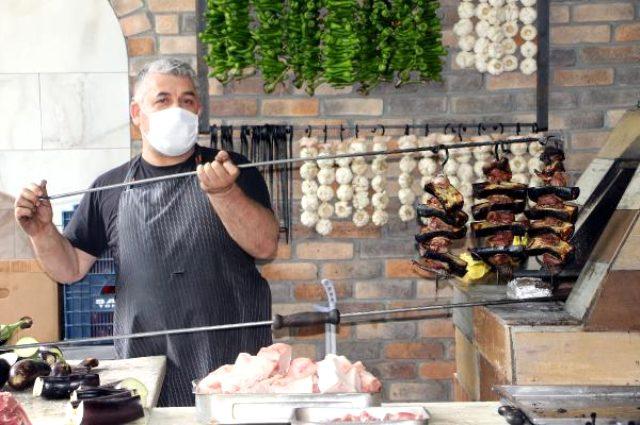 Ünü kent sınırlarını aşan asırlık lezzet Tokat kebabı damak çatlatıyor