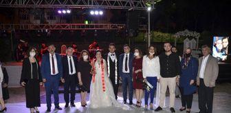 Mustafa Gökhan Gülşen: Ayla Arslan ile Cem Baral dünya evine girdi