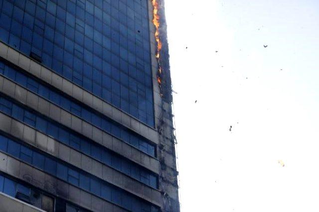 Son Dakika: Ankara'da korkutan yangın! Plaza tahliye ediliyor