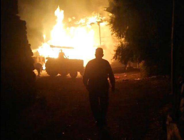 Yaşlı çiftin kümese attığı köz sonucu çıkan yangında hayatlarını kaybetti