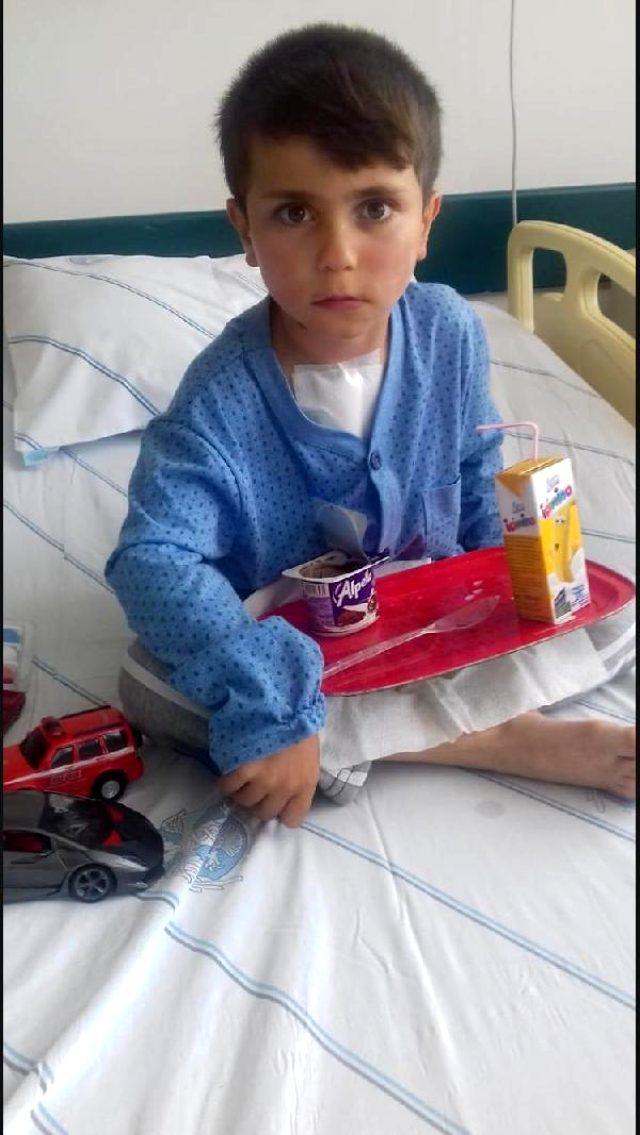 Bayram alışverişinden dönen baba ve 10 yaşındaki oğlu, silahlı saldırı sonucu öldü