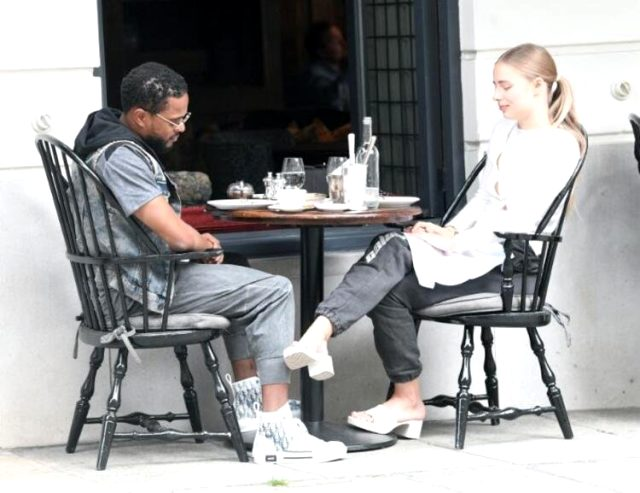 İhanetin fotoğrafı! Evli futbolcu Patrice Evra, Hollandalı model ile öpüşürken kameralara yakalandı