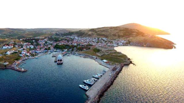 Bayram öncesi Bozcaadalı turizmcilerden vatandaşa uyarı: Rezervasyonsuz yola çıkmayın