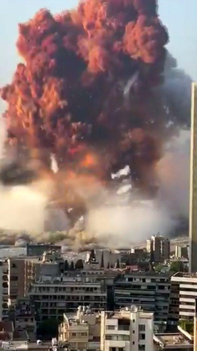 Lübnan'daki şiddetli patlamanın büyüklüğünü gözler önüne seren görüntü
