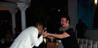 Orhan Baba: Orhan Gencebay 76 yaşına bastı