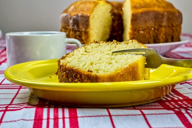 Sade kek tarifi | Sade kek yapımı sütsüz