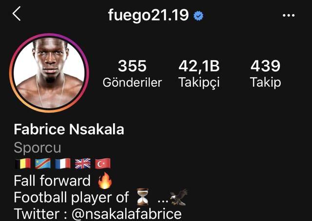 Fabrice N'Sakala, Beşiktaş'a transfer olduğunu Instagram hesabından duyurdu
