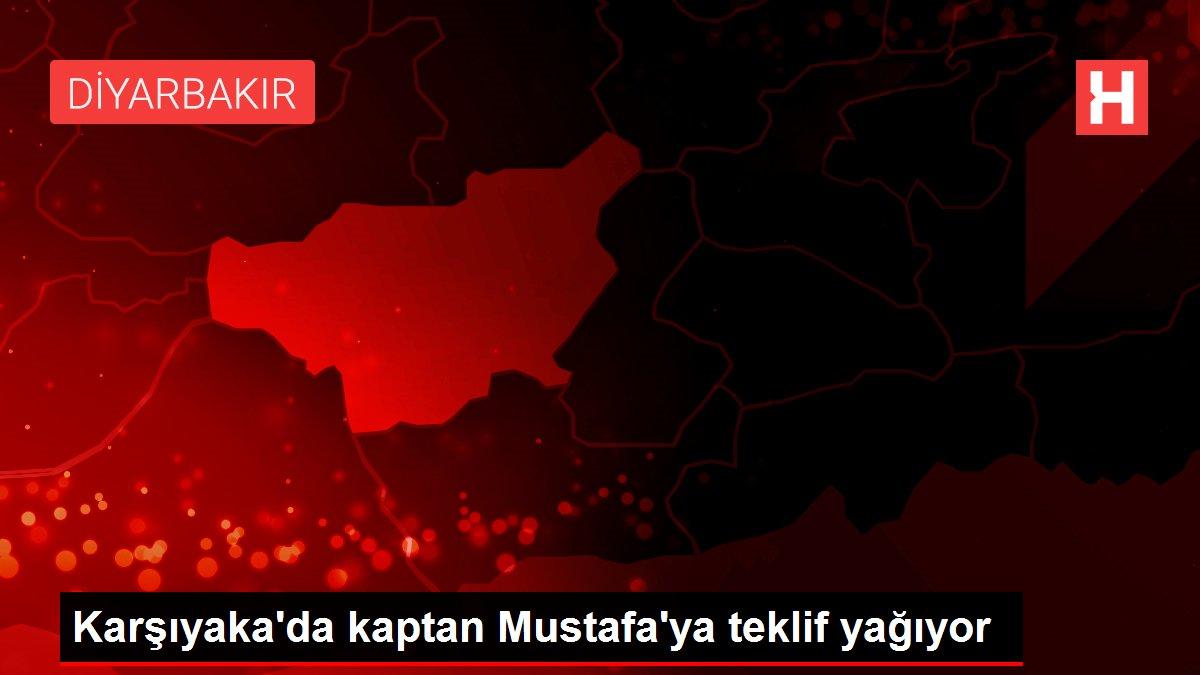 Karşıyaka'da kaptan Mustafa'ya teklif yağıyor