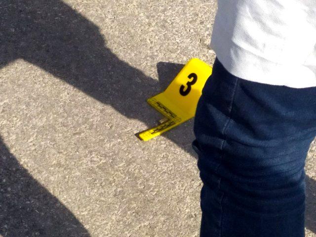 Polis memurunun ayağını kıran zanlı, vurularak yakalandı