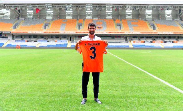 Medipol Başakşehir, Hasan Ali Kaldırım ile 3 yıllık sözleşme imzaladı