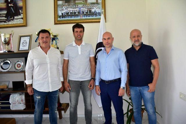 Manisa FK'da Cihat Arslan ile yollar ayrıldı