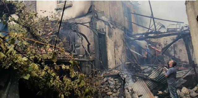Çorum'daki yangında hayatını kaybeden iki çocuğun cansız bedenleri birbirlerine sarılı halde bulundu