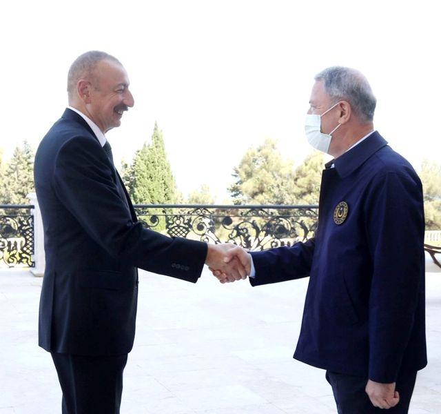 Azerbaycan Cumhurbaşkanı İlham Aliyev, Bakan Akar'ı kabul etti