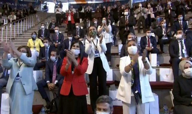 Cumhurbaşkanı Erdoğan'ın kadına şiddet tartışmalarına yönelik sözleri ayakta alkışlandı