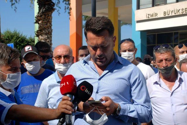 İzmirli servisçilerden Büyükşehir önünde 'S Plaka' eylemi