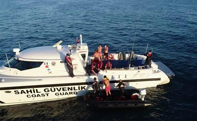 Zonguldak'ta koyda mahsur kalan 8 kişi gün ağarınca kurtarıldı
