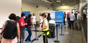 Giorgia: Koronavirüs: İtalya'da yeni vakaların 'yüzde 25-40'ı tatilden dönenler, yüzde 3 ila 5'i göçmenler'