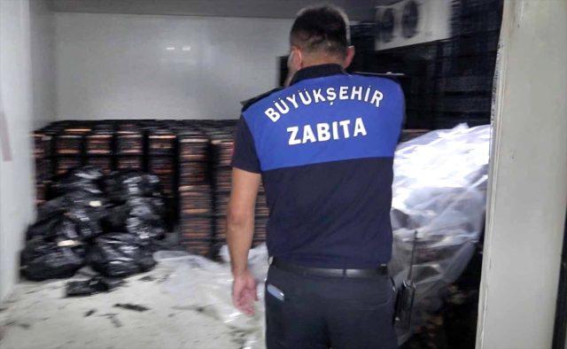 Adana'da 38 ton bozuk et ele geçirildi