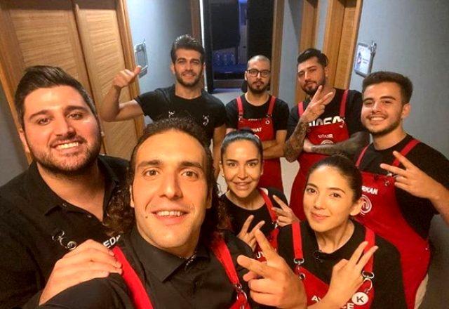 MasterChef Türkiye'de kırmızı takım siyah tişört giydi: MasterChef'te siyah önlük ne demek, siyah tişört ne anlama geliyor?