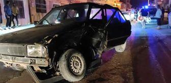 Samandağ: Hatay'da iki otomobil birbirine girdi: 1 yaralı