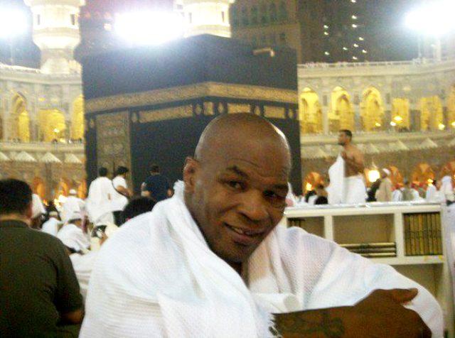 Mike Tyson kimdir? Mike Tyson müslüman mı? Mike Tyson namaz kıldığı videosu